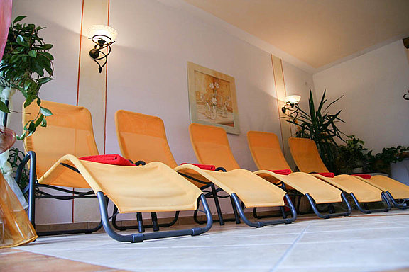 Relax in the relaxation room with lounge chairs